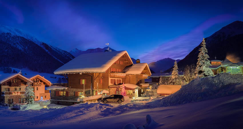 Chalets, Airport transfers, Lift Passes, Ski lessons and Equipment all available to book online.